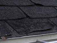 Roof-shingles-broken